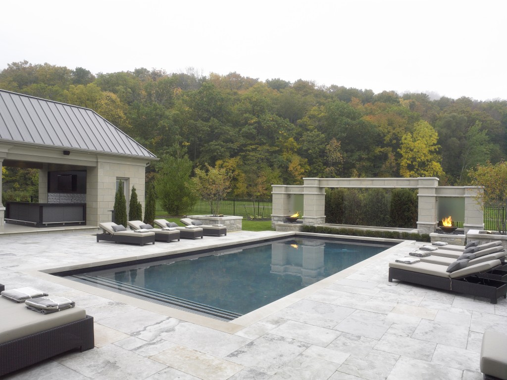 Solda Pools- Toronto Pool Builder - fire and water feature