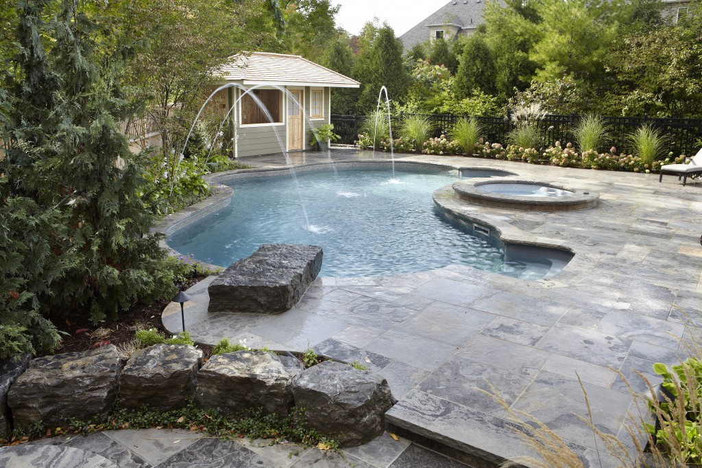 Solda Pools- Toronto Pool Builder - pool and spa