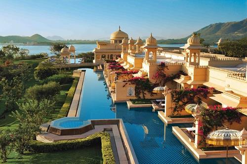 the oberoi udaivilas india - World S Most Amazing Swimming Pools